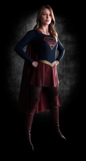 robson-moura-therobsonmoura.com-supergirl-first-look-image-full-body-2