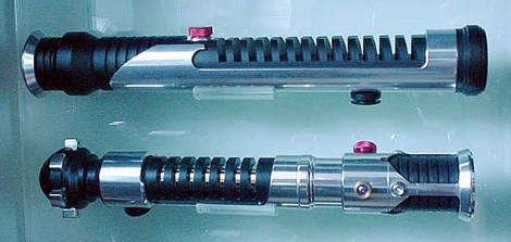lightsaber-display-qui-obi - therobsonmoura.com